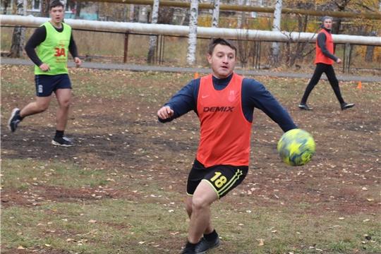 Первый турнир по миди-футболу среди любительских команд, посвящённый памяти Эдуарда Гарцева, в Алатыре
