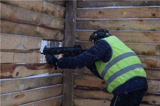 В рамках месячника оборонно-массовой и спортивной работы в Московском районе г.Чебоксары проходят соревнования по лазертагу