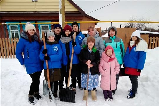 Год памяти и славы: отряд снежного десанта «Лайка» из Чебоксар помогает ветеранам Великой Отечественной войны