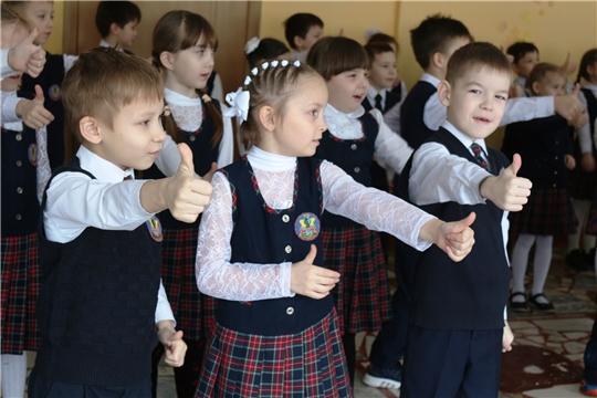 Школьные волонтерские отряды продолжают реализацию проектов