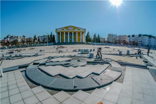 Ход реконструкции Красной площади и Чебоксарского залива обсудили на совещании у врио главы Чувашии