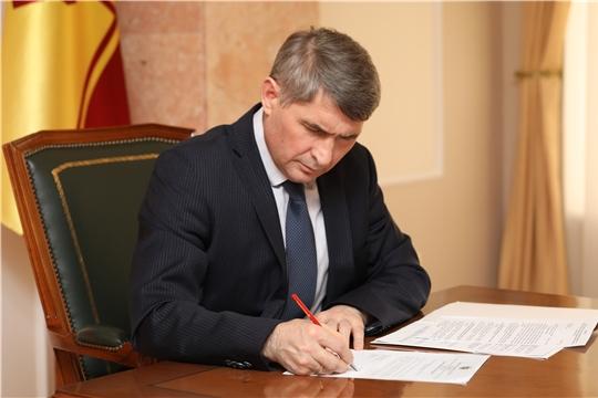 Олег Николаев открывает парикмахерские и закрывает кладбища
