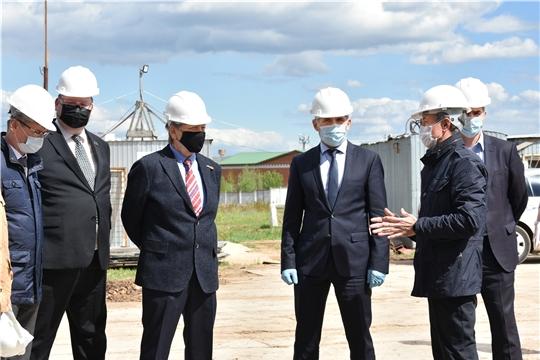 Олег Николаев посетил будущий завод объемно-блочного домостроения