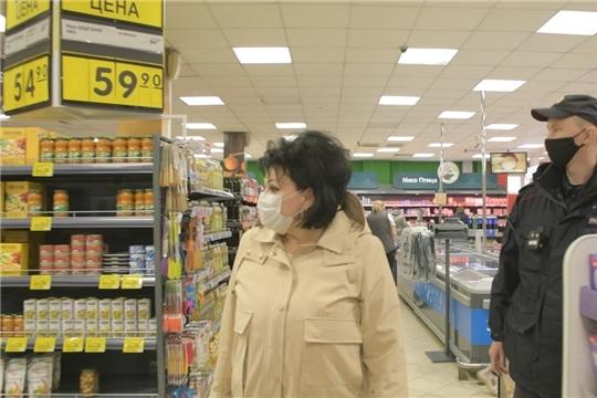 Административную ответственность за несоблюдение масочного режима понесут торговые предприятия в Чебоксарах