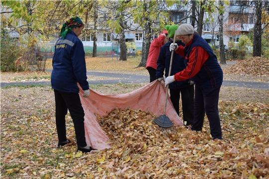 Осенние санитарно-экологические мероприятия в Чебоксарах продолжаются