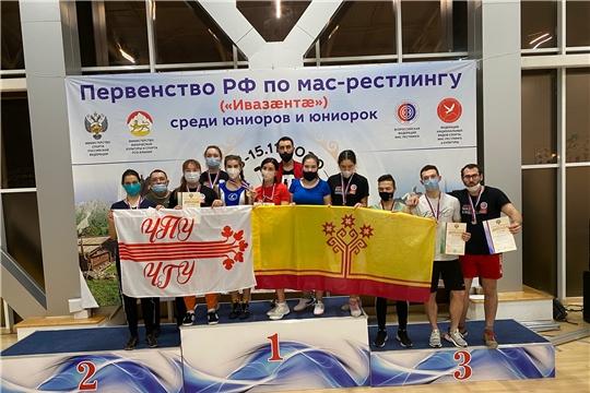 Спортсмены из Чебоксар завоевали 9 медалей на первенстве России по мас-рестлингу
