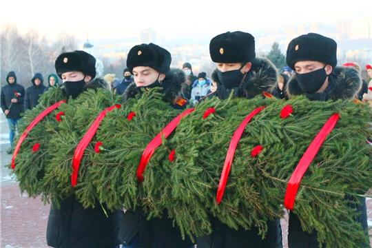 День неизвестного солдата: в образовательных организациях Чебоксар проходят патриотические мероприятия