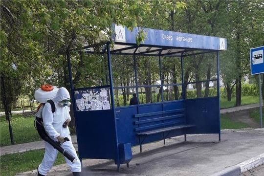 В городе Канаш проводится дезинфекция остановочных павильонов