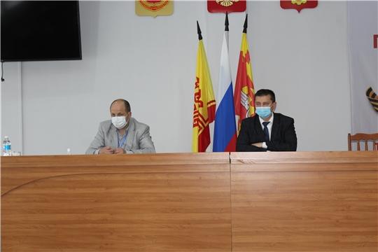В городе Канаш состоялось заседание Оперативного штаба по предупреждению завоза и распространения новой коронавирусной инфекции