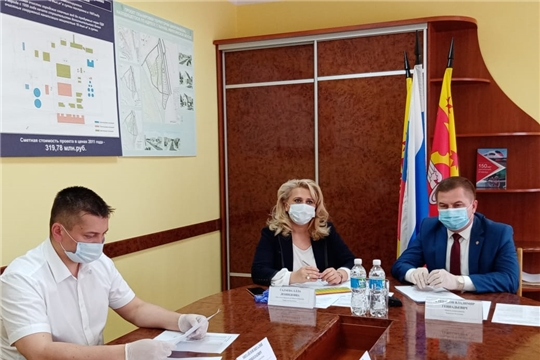 Рабочая группа при оперативном штабе по борьбе с коронавирусом проверила соблюдение санэпидрежима в Канаше