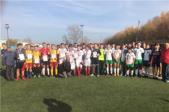 На стадионе «Локомотив» города Канаш состоялся турнир по футболу с участием игроков ближайшего резерва команд высшего дивизиона Чувашии