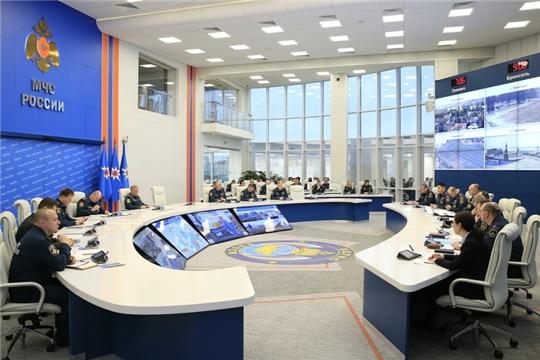 МЧС России проводит сезонные превентивные мероприятия и космический мониторинг обстановки в регионах