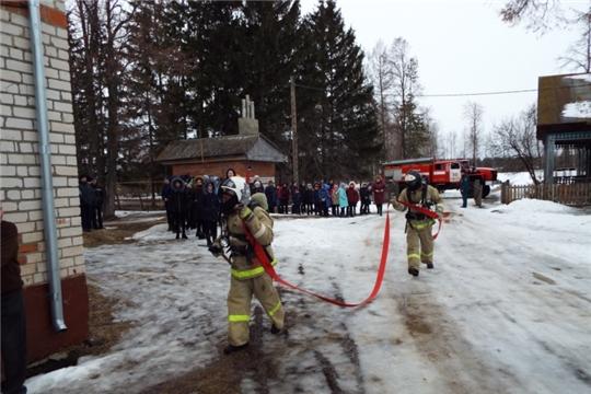 Огнеборцы успешно ликвидировали пожар в Красноармейском районе