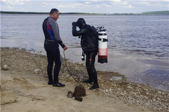 Обследование дна пляжа в Новочебоксарске