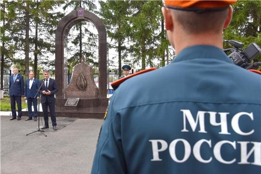 Врио Главы Чувашии поздравил сотрудников МЧС России с принятием присяги