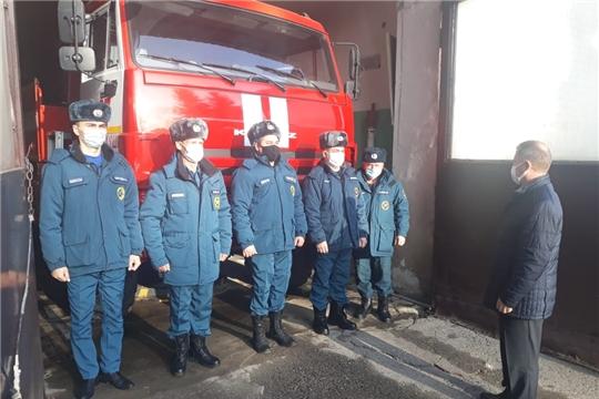 Руководством госкомитета проверки пожарных частей продолжаются