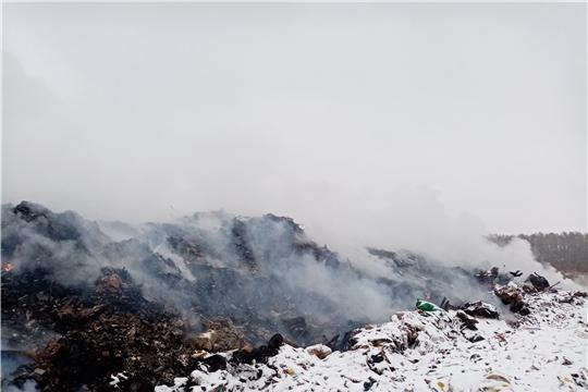 Возгорание на полигоне ТБО под контролем