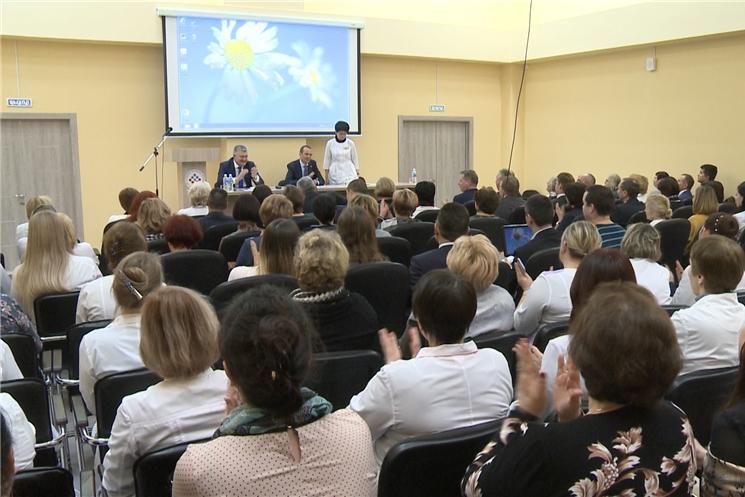 Глава Чувашии Михаил Игнатьев обсудил с медицинским сообществом республики развитие здравоохранения