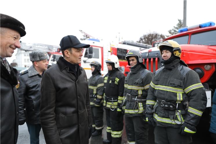Глава Чувашии Михаил Игнатьев провел смотр аварийно-спасательной техники