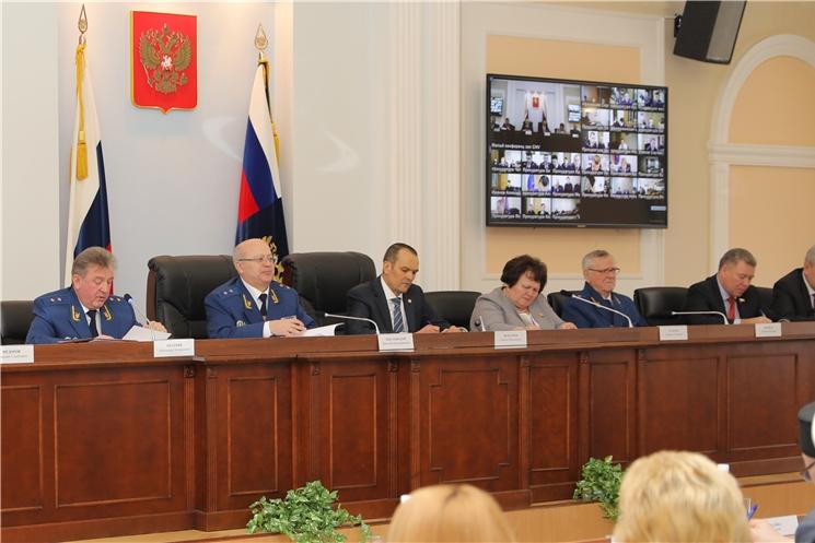 Глава Чувашии Михаил Игнатьев принял участие в расширенном заседании коллегии прокуратуры республики
