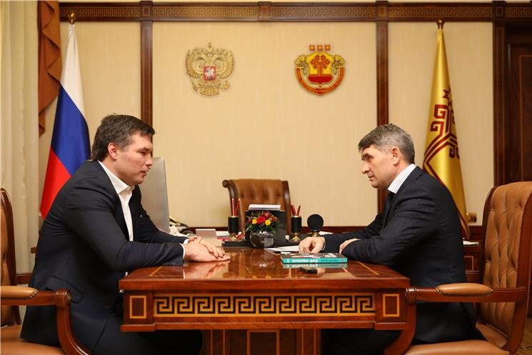 Олег Николаев встретился с членом Общественной палаты Российской Федерации Григорием Дроздом