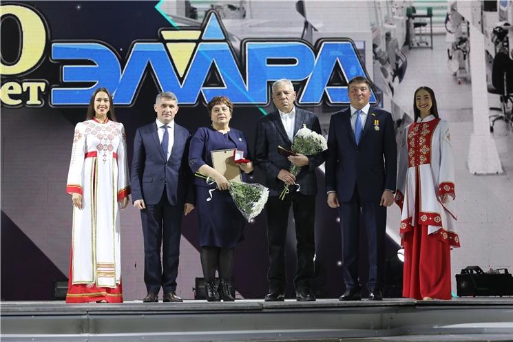 Олег Николаев поздравил коллектив АО «Научно-производственный комплекс «ЭЛАРА» имени Г.А. Ильенко» с 50-летием