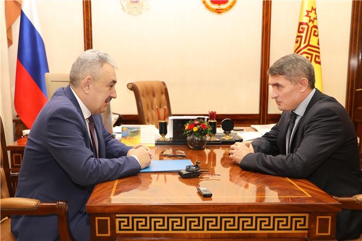 Олег Николаев обсудил с Леонидом Черкесовым подготовку к проведению выборов и голосования по поправкам в Конституцию