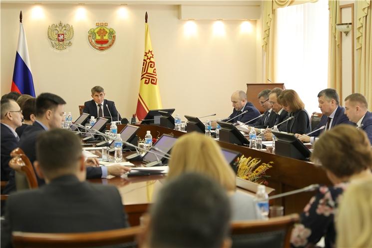 Олег Николаев провел очередное заседание Кабинета Министров Чувашии