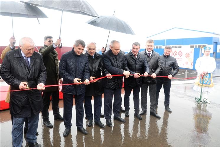 Олег Николаев принял участие в открытии двух новых сельхозпредприятий