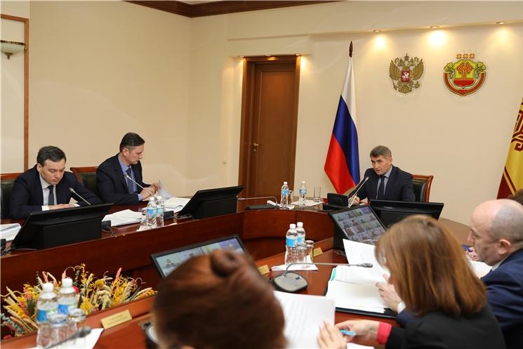 Олег Николаев призвал выработать четкий алгоритм действий по снижению просроченной задолженности потребителей за природный газ