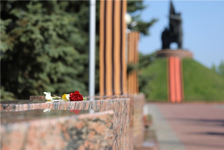 Врио Главы Чувашии Олег Николаев поздравляет с Днем Победы