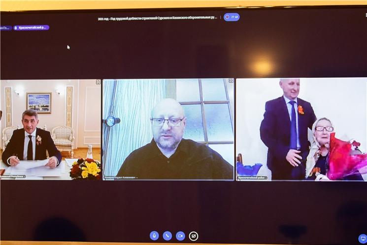 Олег Николаев: имена участников строительства Сурского рубежа и Казанского обвода будут увековечены в граните