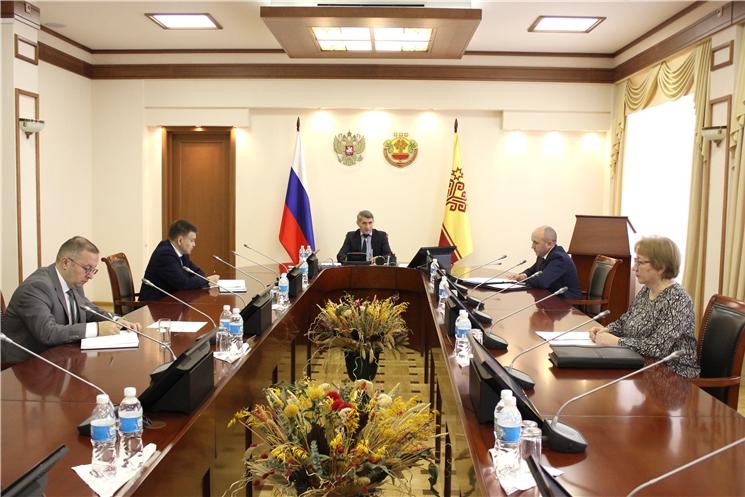Олег Николаев поручил главам администраций районов чаще выезжать в поля