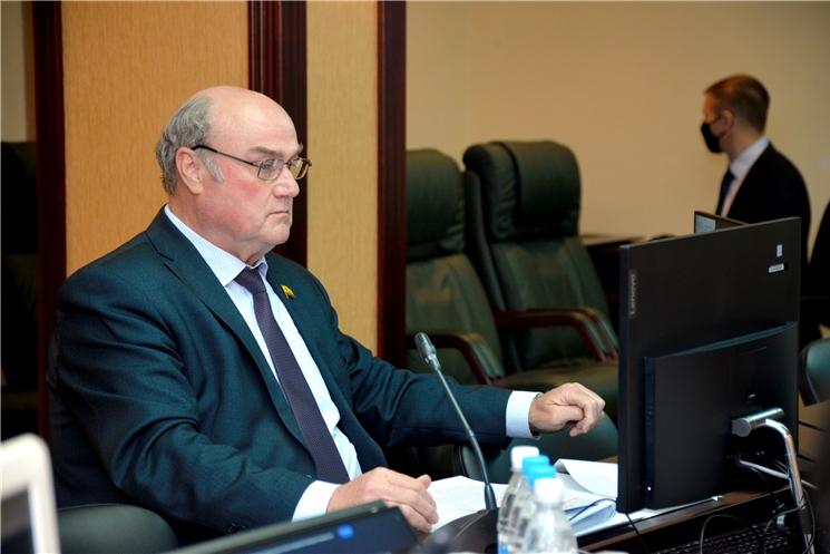 Депутаты обсудили введение налога на профессиональный доход в Чувашской Республике