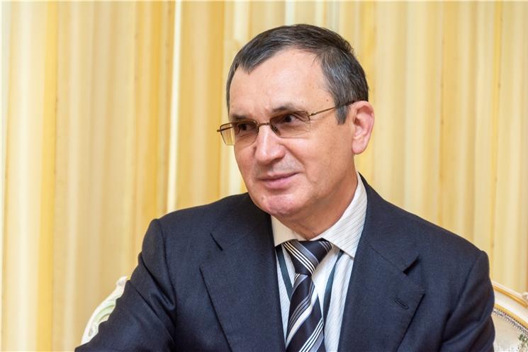 Олег Николаев предложил Николаю Федорову продолжить представлять Чувашию в Совете Федерации