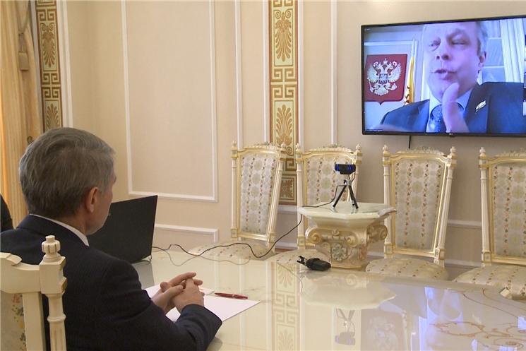 В преддверии двух главных праздников: Дня России и 100-летия Чувашской автономии обсудили развитие чувашской государственности.