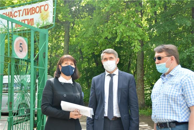Олег Николаев взял на контроль подготовку к летней детской оздоровительной кампании