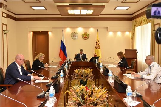 Олег Николаев провел заседание межведомственной комиссии по вопросам своевременности и полноты выплаты заработной платы, снижения неформальной занятости