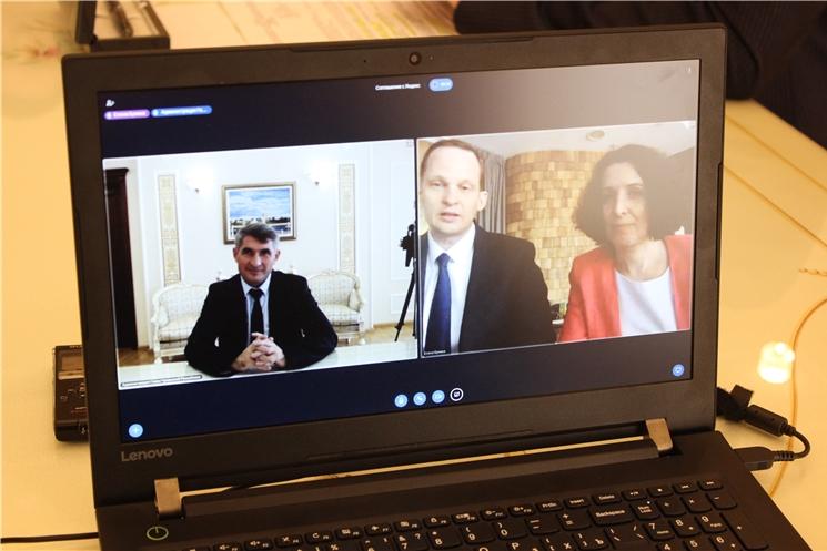 Олег Николаев подписал соглашение о сотрудничестве Чувашской Республики с Яндексом