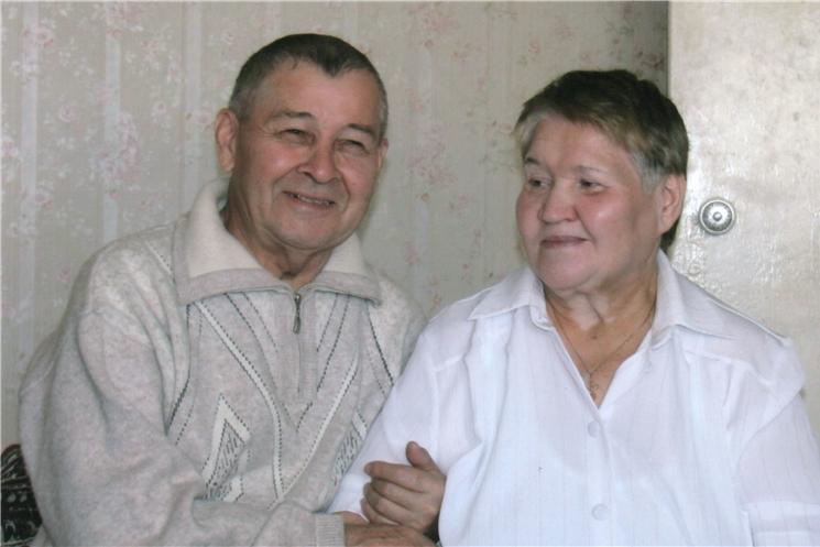 Семья Тихоновых из г. Чебоксары отмечает бриллиантовую свадьбу