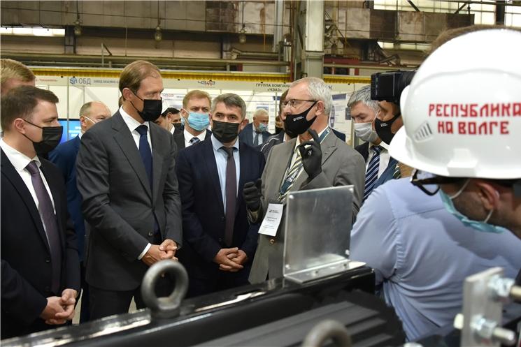 Денис Мантуров оценил достижения промышленных предприятий Чувашской Республики