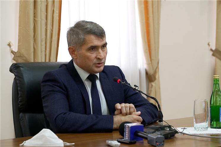 Избранный Глава Чувашии Олег Николаев ответил на вопросы журналистов