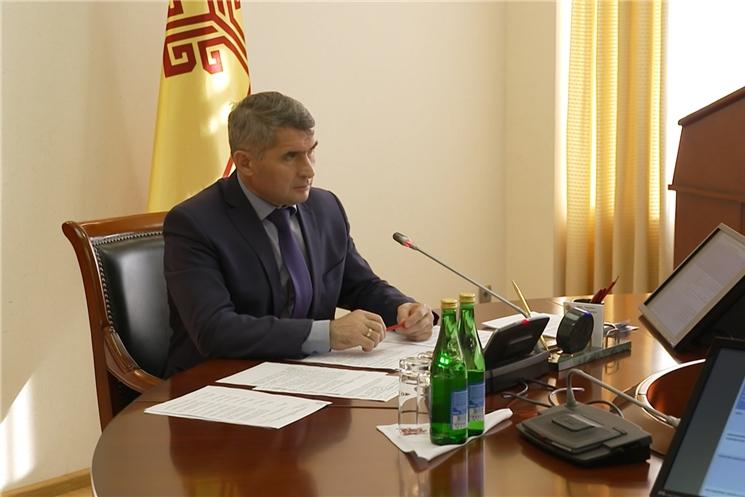 Олег Николаев провел заседание Координационного совета по защите прав потребителей.