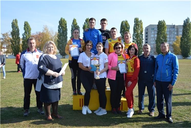 В Алатыре прошла традиционная легкоатлетическая эстафета на призы газеты «Алатырские вести»