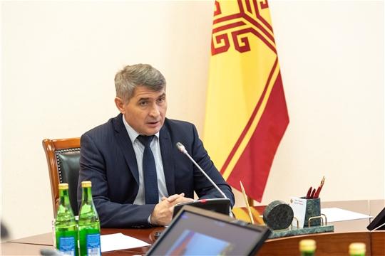 Олег Николаев призвал усилить контроль за соблюдением мер эпидемиологической безопасности