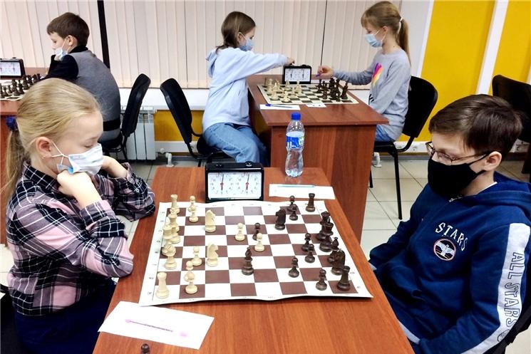 Юные шахматисты разыграли награды первенства республики