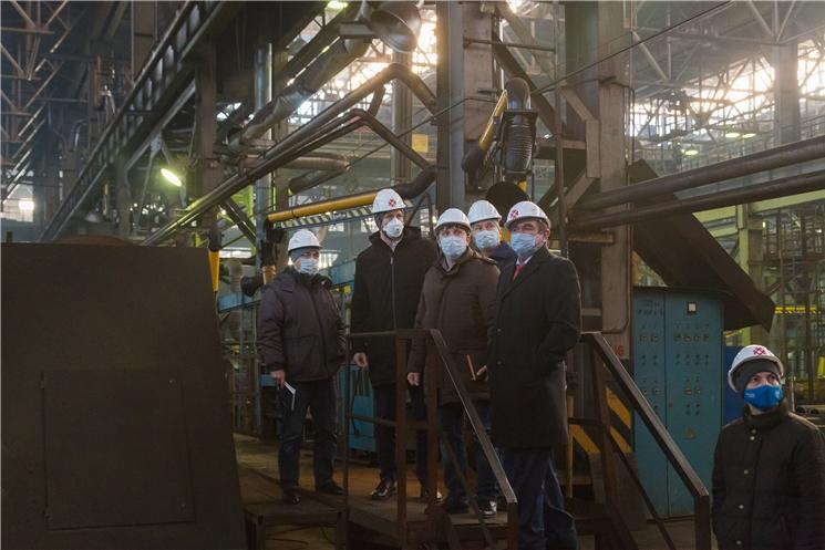 Завод Промтрактор посетил ведущий мировой производитель робототехники