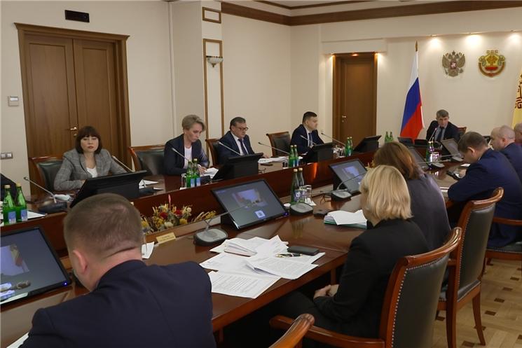 На еженедельном совещании в Доме Правительства обсудили вопрос детской безопасности.