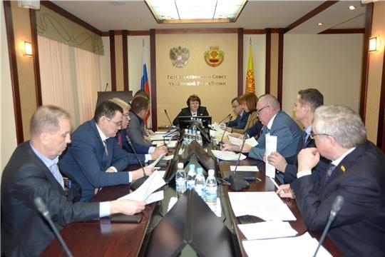 Большинство руководителей депутатских фракций в Госсовете поддержали доработанную редакцию законопроекта о детях войны