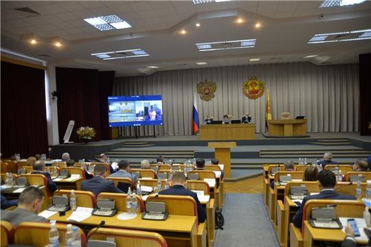 На 40 сессии депутаты Госсовета Чувашии обсудили меры, которые принимаются в регионе в связи с распространением коронавируса
